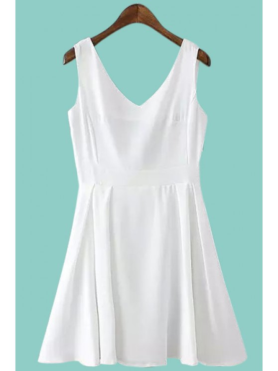 chic Solid Color Backless Sleeveless Flare Dress - WHITE S