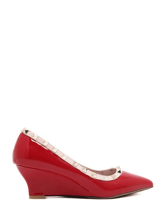 chic Rivets Patent Leather Wedge Shoes - RED 35