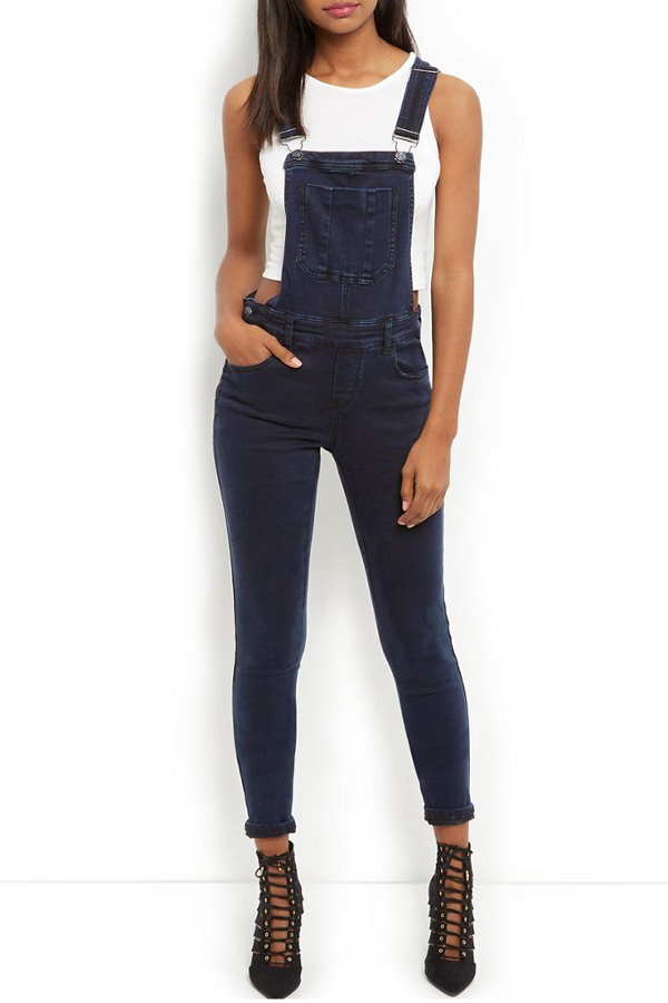 WallFlower Jeans is an All-American juniors lifestyle brand that offers a range of washes and fabrics, an assortment of fits, embellishments and cute hidden details at a great value.