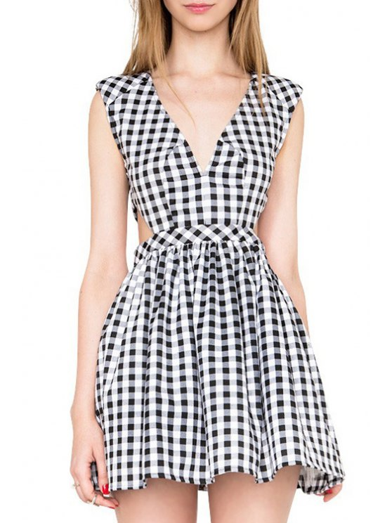 chic Checked Plunging Neck Sleeveless Mini Dress - WHITE AND BLACK XS