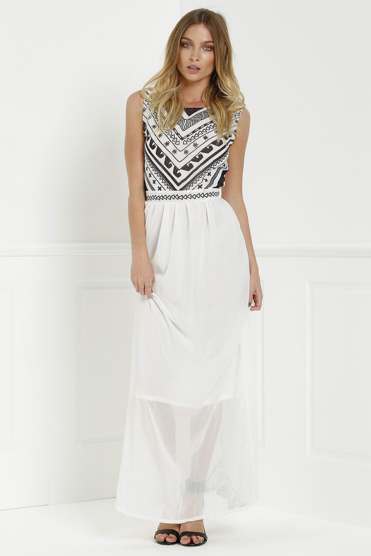 Round Neck Sleeveless Geometric Print Chiffon Maxi Dress