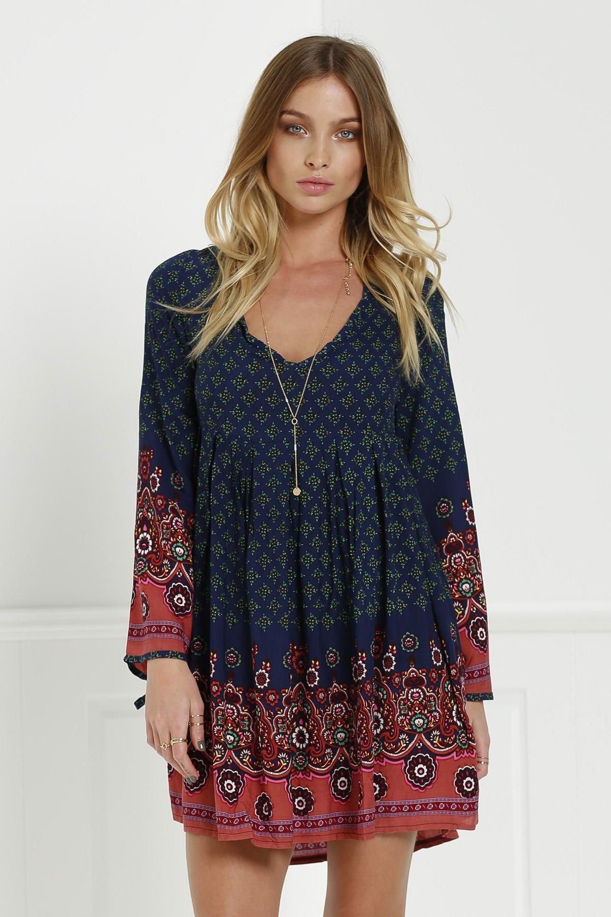 V-Neck 3/4 Sleeve Floral Print Tunic Dress