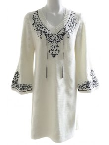 Loose Fitting Floral Embroidery Sweater Dress - White