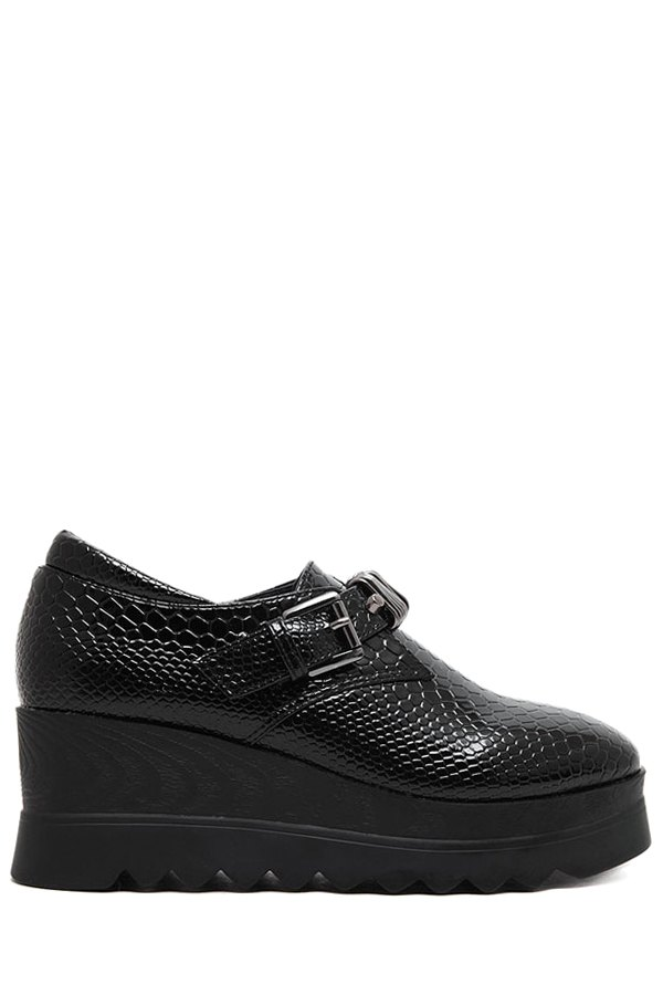 Embossing Buckle Black Platform Shoes
