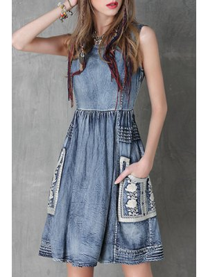 Floral Embroidery Jewel Neck Denim Sundress - Blue