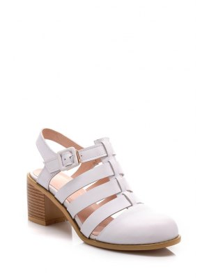 Closed Toe Buckle Chunky Heel Sandals - White