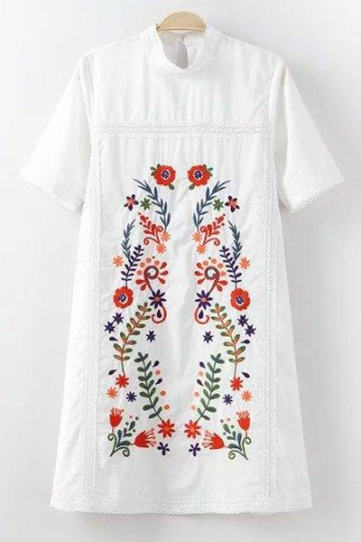 Mock Neck Short Sleeve Embroidery Dress