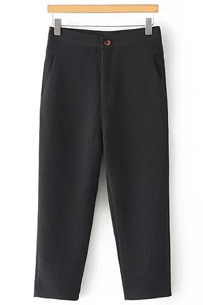 Pleated Straight Leg Capri PantsClothes<br><br><br>Size: L<br>Color: BLACK