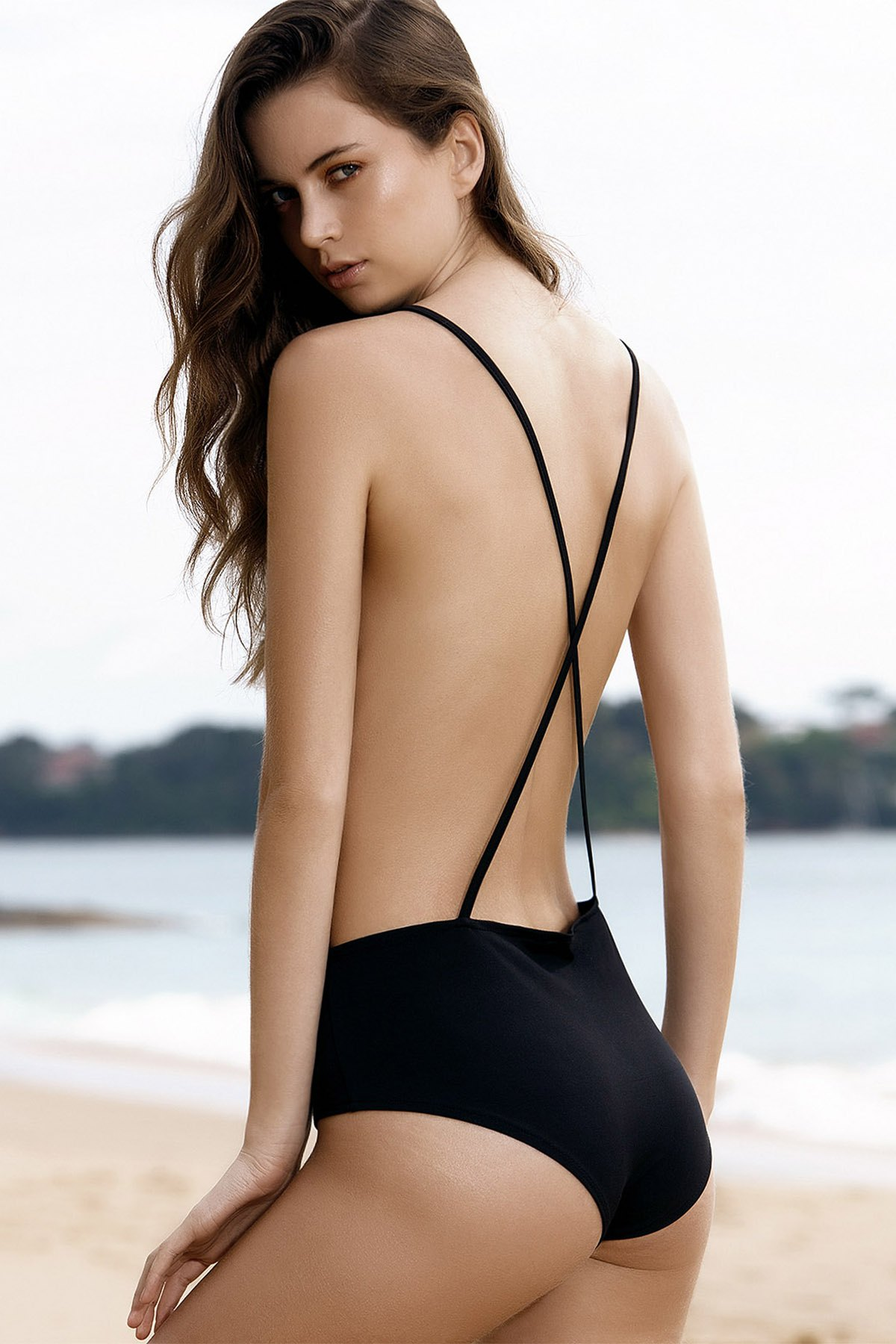 Plunging Neck Solid Color Backless One-Piece Swimwear