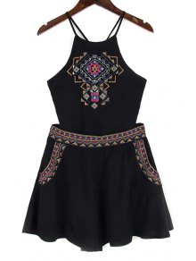 Backless Spaghetti Straps Tank Top And Embroidery Shorts Twinset - Black