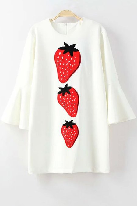 Bell Sleeve Strawberry Appliqued DressClothes<br><br><br>Size: S<br>Color: WHITE