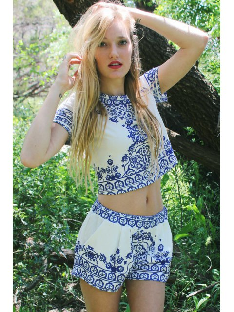 latest Retro Print Short Sleeve T-Shirt and Shorts Suit - BLUE AND WHITE S Mobile