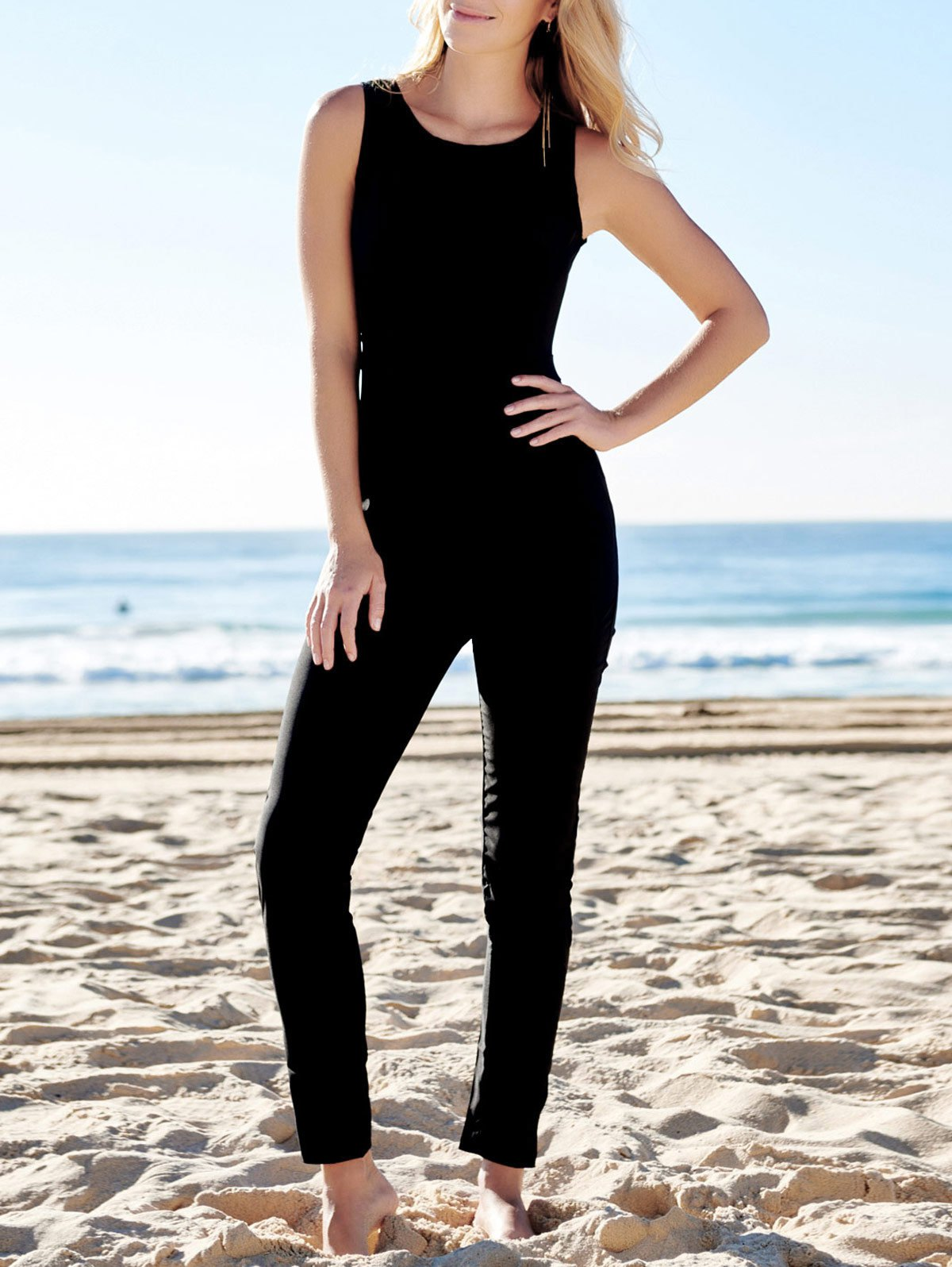 Jewel Neck Black Backless Sleeveless Jumpsuit