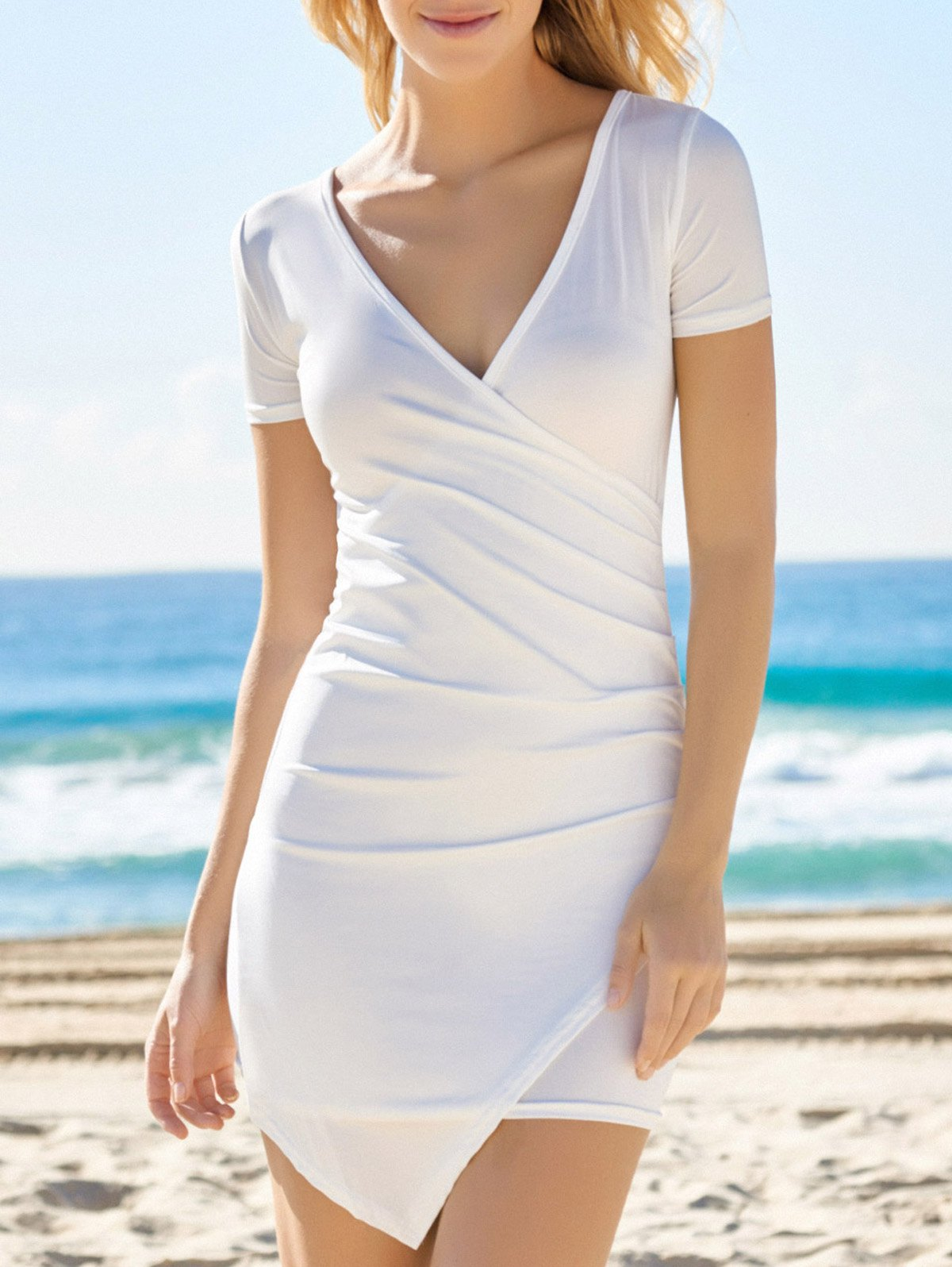 Solid Color Plunging Neck Bodycon DressClothes<br><br><br>Size: L<br>Color: WHITE