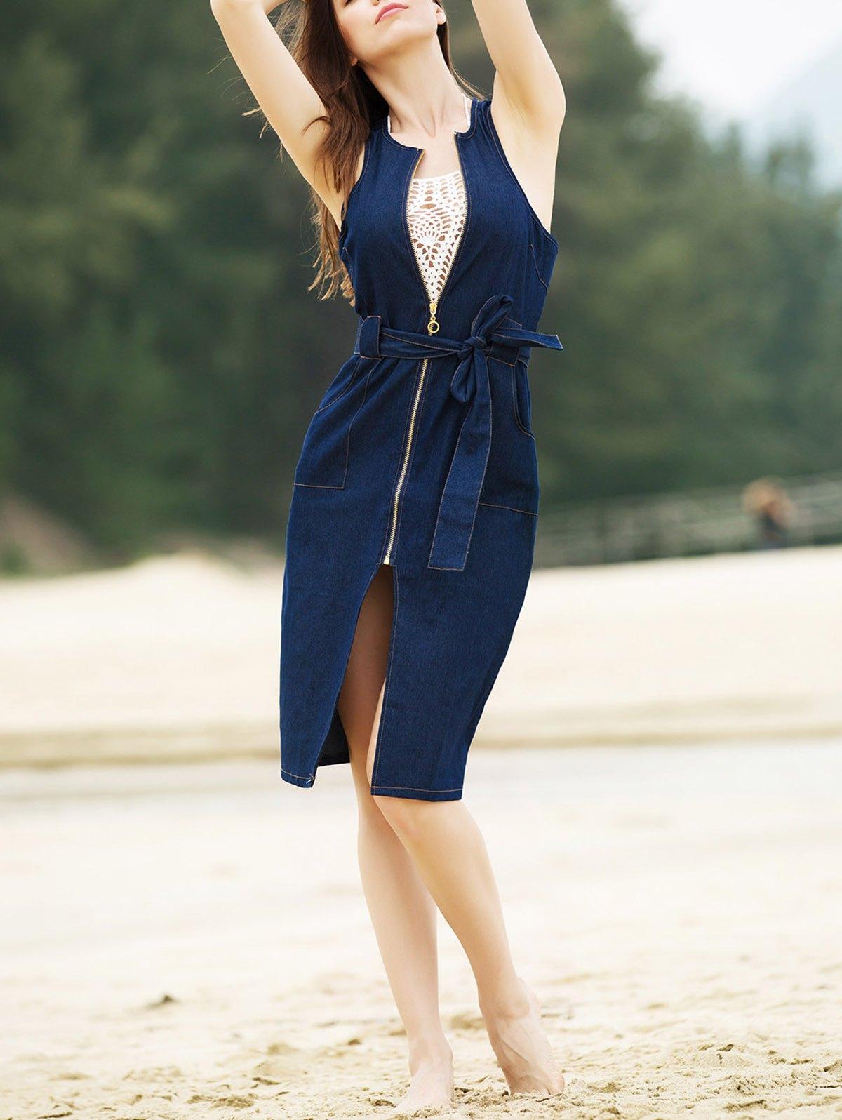 Rochie elegantă, fără mâneci, cu sliț, de lungime medie