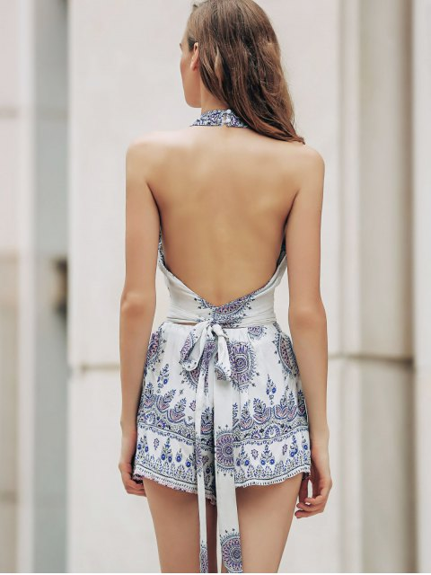 shop Backless Cut Out Stand Neck Tank Top and Floral Print High Waist Shorts Twinset - WHITE M Mobile