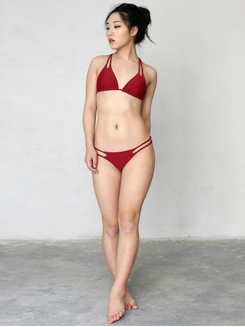 trendy Solid Color Halter Lace Up Bikini Set - WINE RED L Mobile
