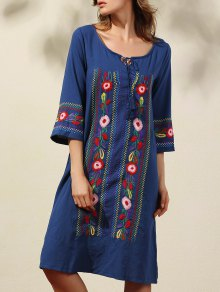 Floral Embroidery 3/4 Sleeve Scoop Neck Dress