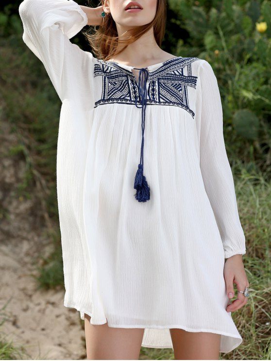 chic Embroidery Long Sleeve Round Neck Swing Dress - WHITE L