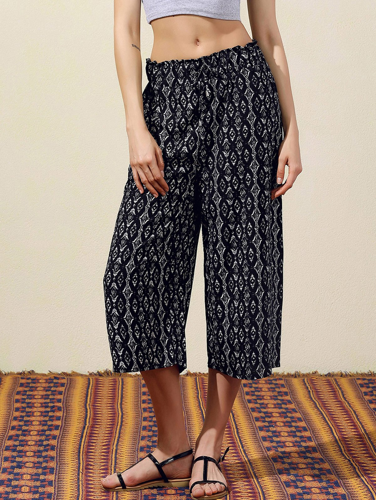 Geometric Print Wide Leg Capri Pants 179931403