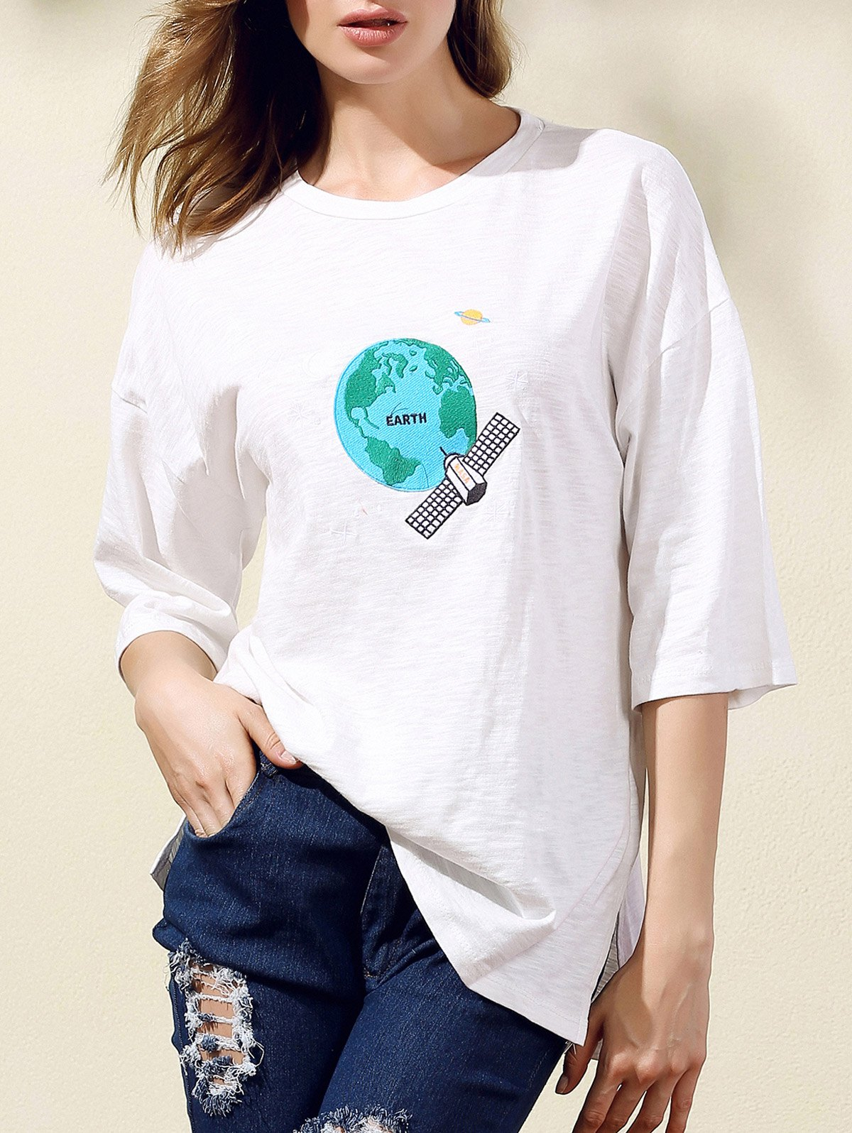 Round Neck 3/4 Sleeve Earth Embroidery T-Shirt