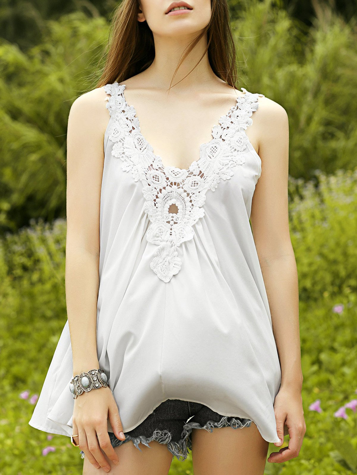 Cut Out Lace Spliced Scoop Neck Tank Top