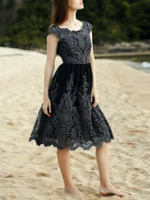 Lace Scoop Neck Short Sleeve Midi Dress - Black