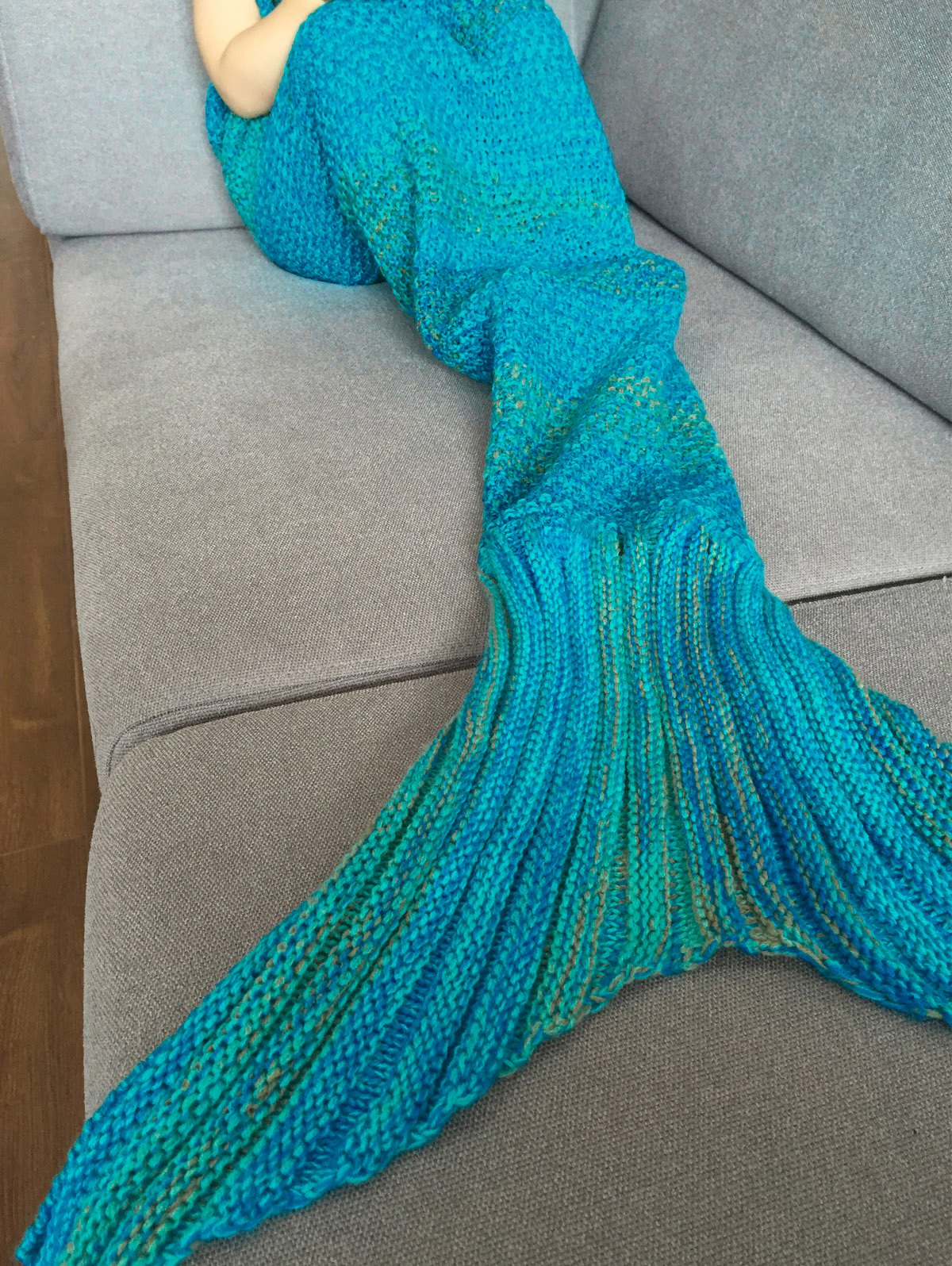 Stripe Knitted Mermaid Tail Design Blanket