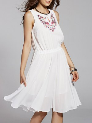 Col Rond Broderie Robe Sans Manches - Blanc