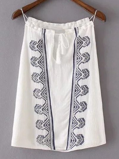 Retro Embroidery Tank TopClothes<br><br><br>Size: M<br>Color: WHITE