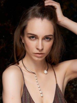 Faux Pearl Pendant Golden Necklace - Golden