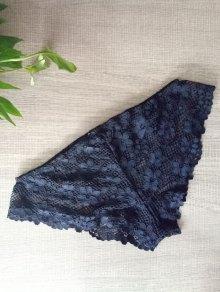 Solid Color Lace Hook Panties - Black L