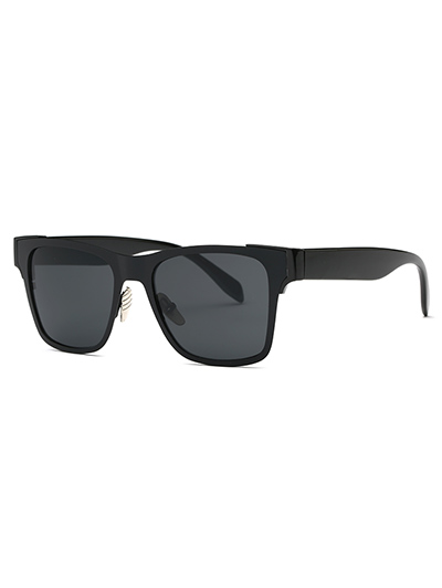Stylish Black Wayfarer Sunglasses