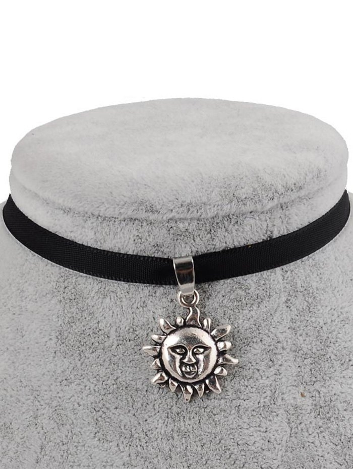 PU Leather Sun Shape Pendant Choker