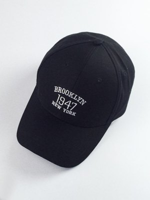 Numbers And Letters Embroidery Baseball Hat - Black