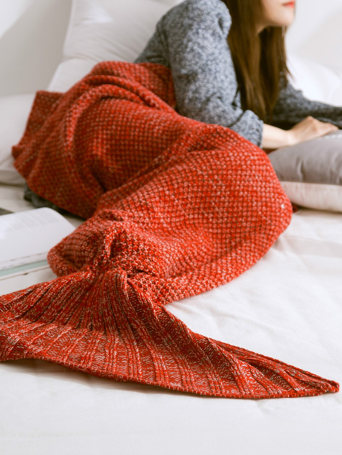 Solid Color Knitted Mermaid Tail Blanket