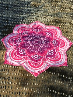 Lotus Flower Round Beach Throw - Rose Red