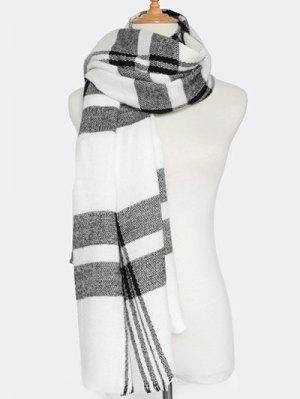 Plaid Pattern Fringed Knit Scarf - White