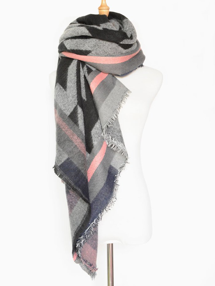 Houndstooth Fringed Shawl Scarf