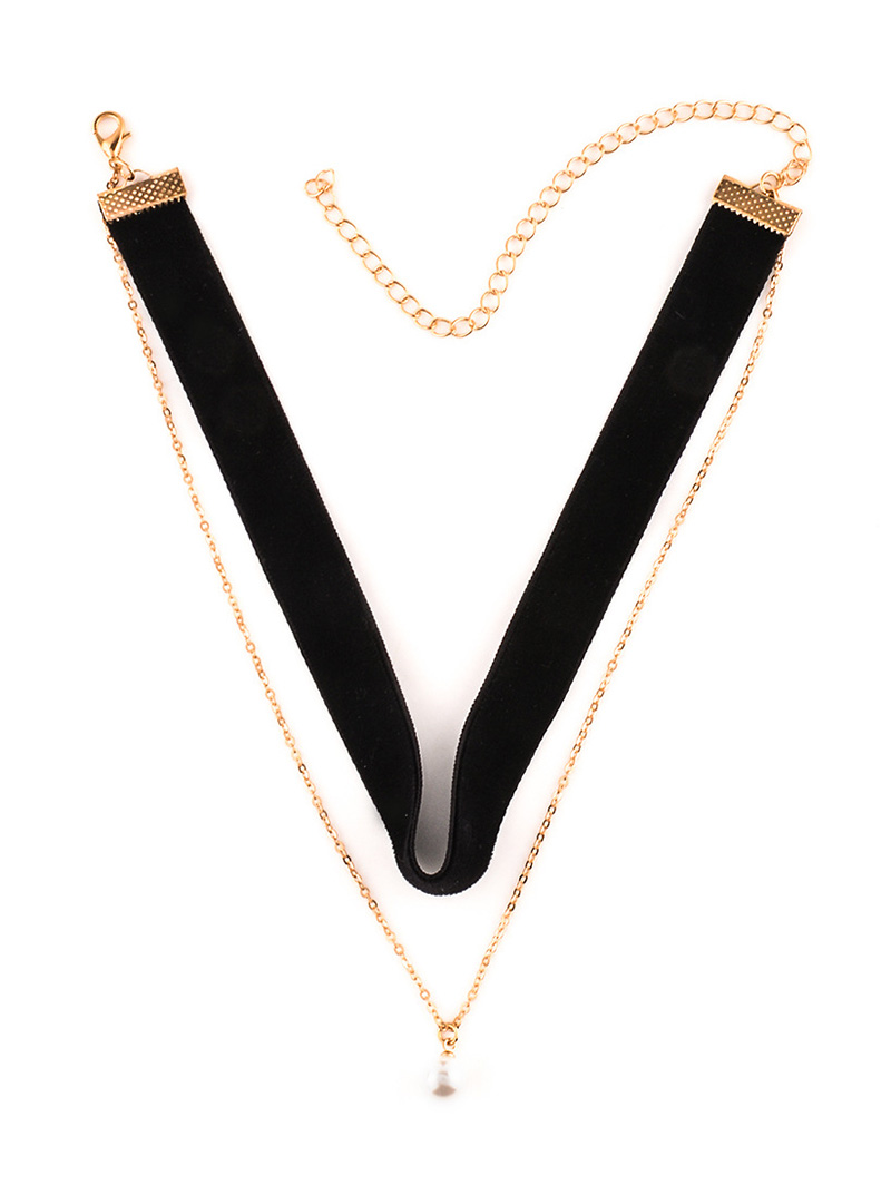 Faux Pearl Layered Velvet Choker Necklace