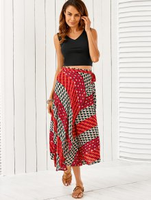 V Neck Crop Top With High Slit Geometric Skirt