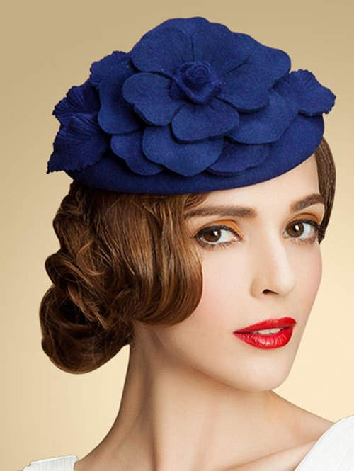 Wool Floral Cocktail HatAccessories<br><br><br>Color: BLUE