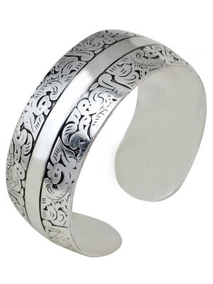 Elephant Etching Stainless Cuff Bracelet - Silver