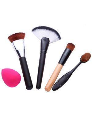 4 Pcs Makeup Brushes Set And Makeup Sponge - Black