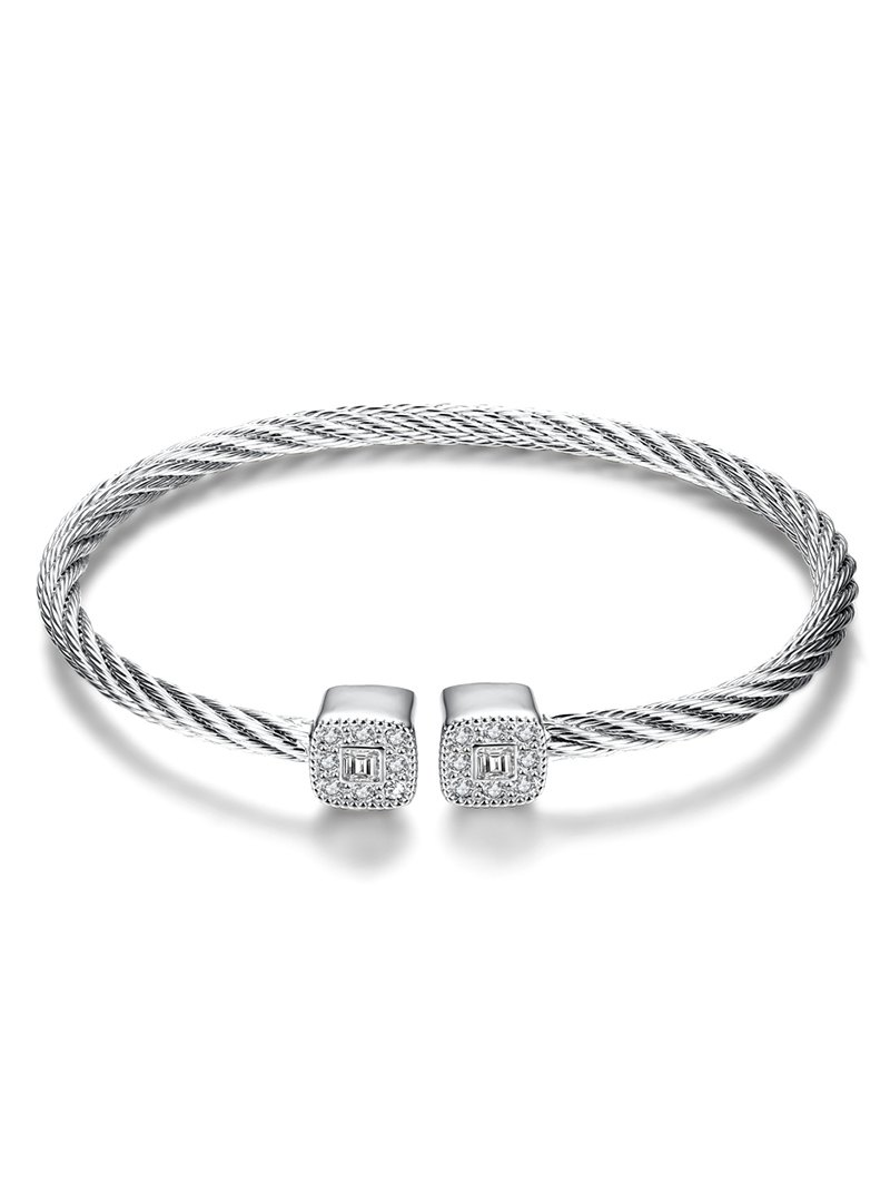 Twisted Cable Cuff BraceletAccessories<br><br><br>Color: WHITE + GOLD