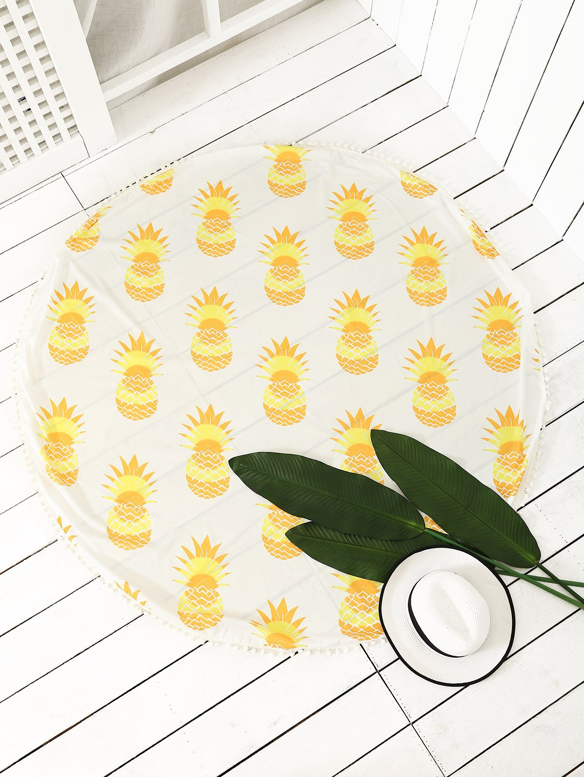 Round Pineapple Print Tassel Beach Throw