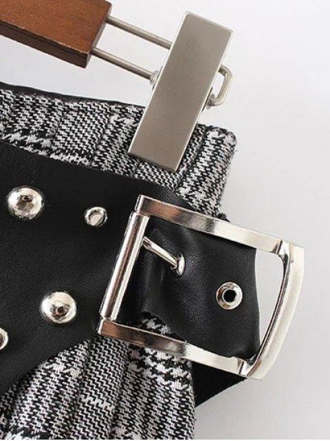 ladies Plaid Rivet Faux Leather Shorts - BLACK S Mobile