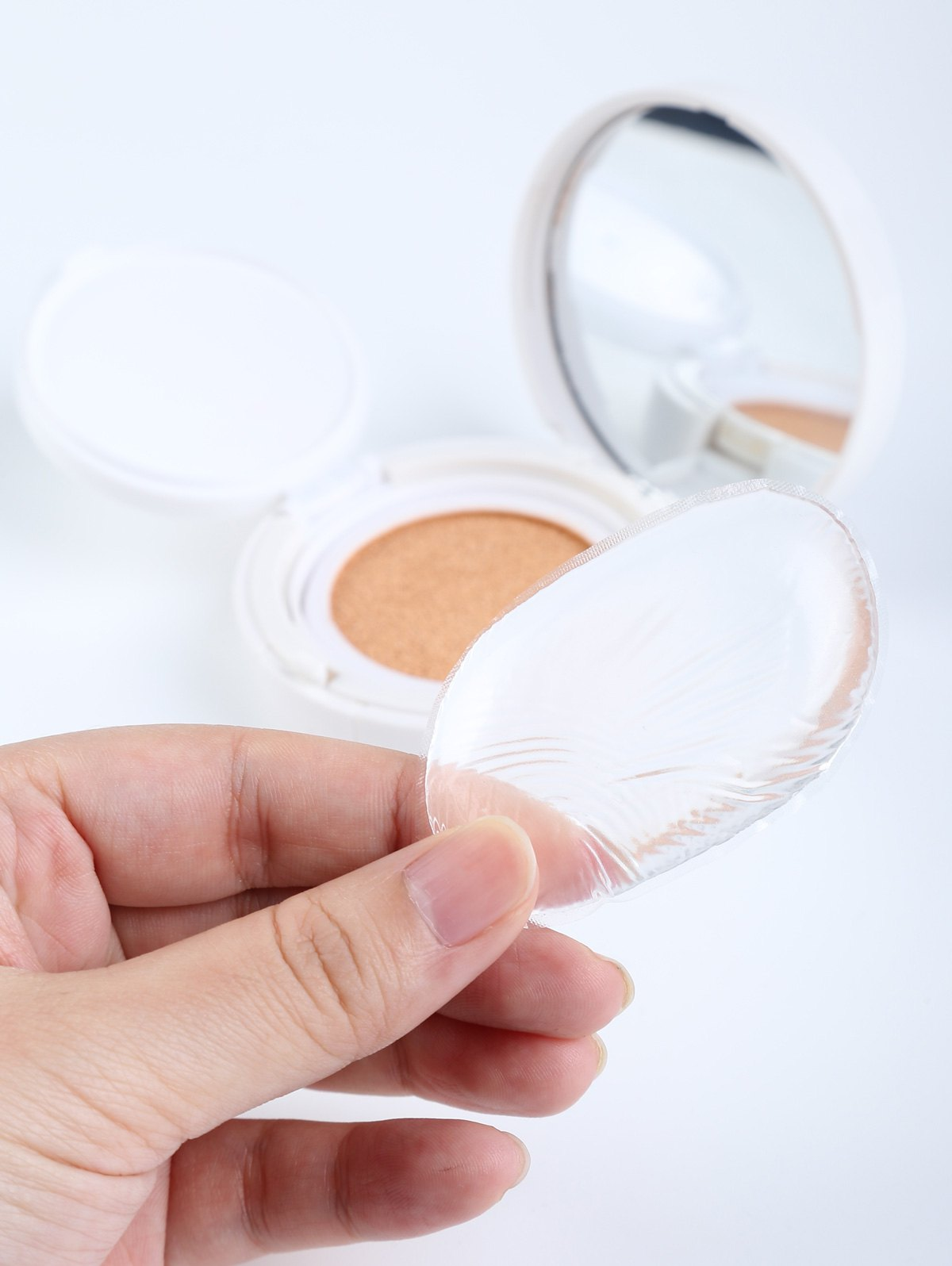Oval Silicone Makeup Sponge - Transparent