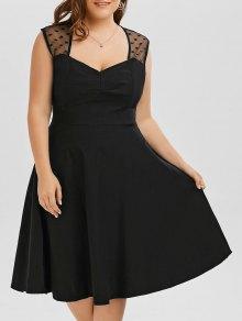 فستان كلاسيكي شبكي تريم الحجم الكبير توهج - أسود Xl
