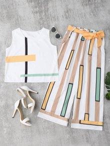 Striped Tank Top y pantalones con cinturón